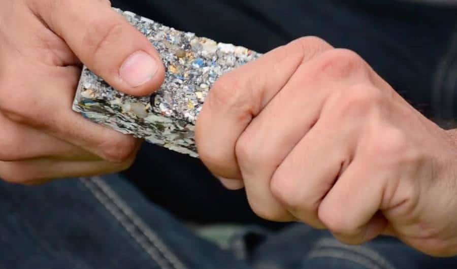 A sample of Eco Domum's pressed plastic. Credit: EcoDomum