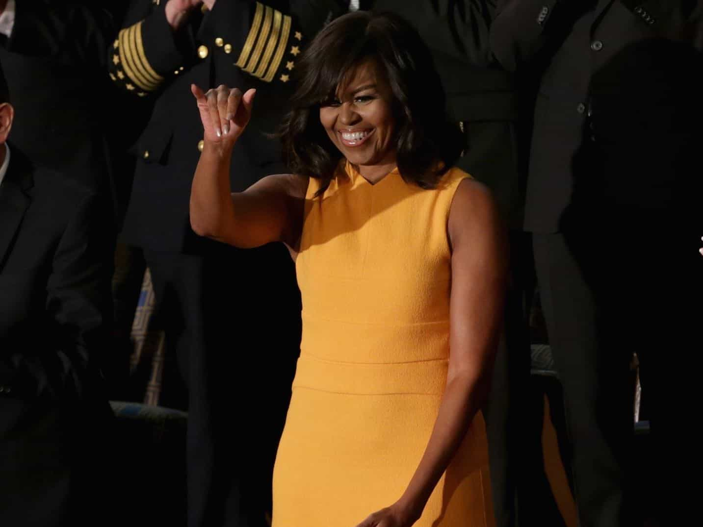 Conservatives Criticize Michelle Obama For Bare Arms, Stay