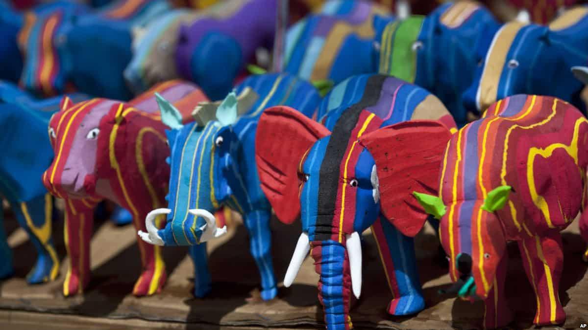 Kenyan Artist Transforms Discarded Flip-Flops Into Amazing Works Of Art