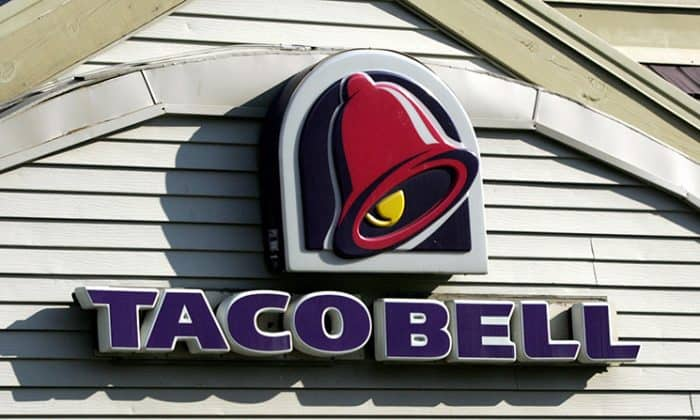 A Taco Bell Employee Refused To Serve A Deaf Customer Then The Cops Did Something Awesome