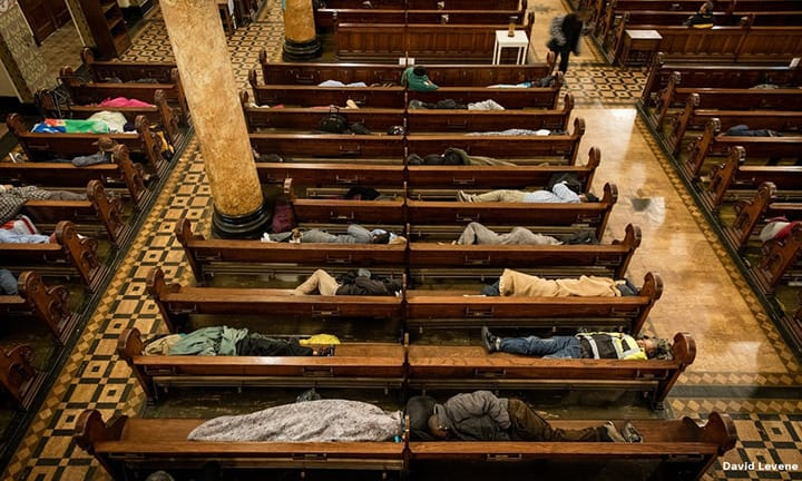 A Church Opens Its Doors To Hundreds of Homeless People To Sleep In, With Free Blankets