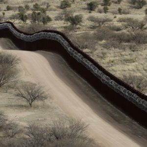 """An Ideal """"Wall"""" For The US-Mexico Border Proposed By Scientists That Even Mexico Will Appreciate"""