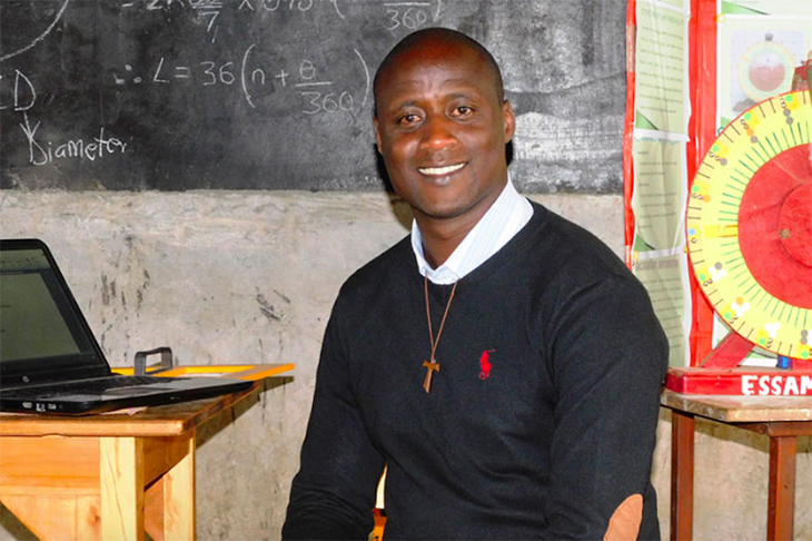 Kenyan Professor Who Donates 80% Of Salary Wins $1 Million For Best Teacher